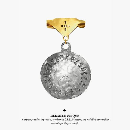 Broche Médaille unique