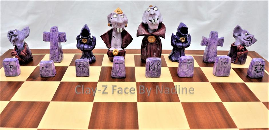 Vampire I Chess Set (Purple)
