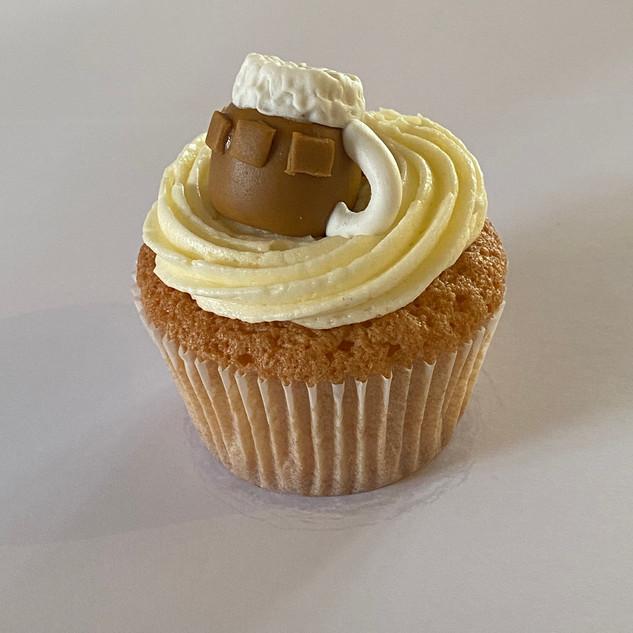 MCC140 - Beer tankard cupcake