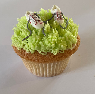 MCC230 - Running shoes cupcake