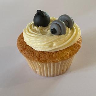 MCC280 - Gym dumbells cupcake