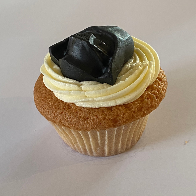 "MCC120 - Star Wars Darth Vader ""I am your father"" cupcake"