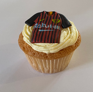 MCC200 Barcelona football cupcake