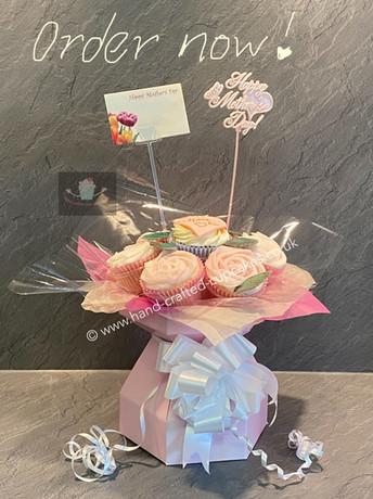 MUM-130-Mothers-Day-Cupcake-Bouquet.jpg