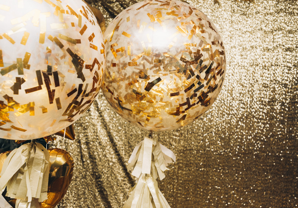 Gold Confetti Bubbles