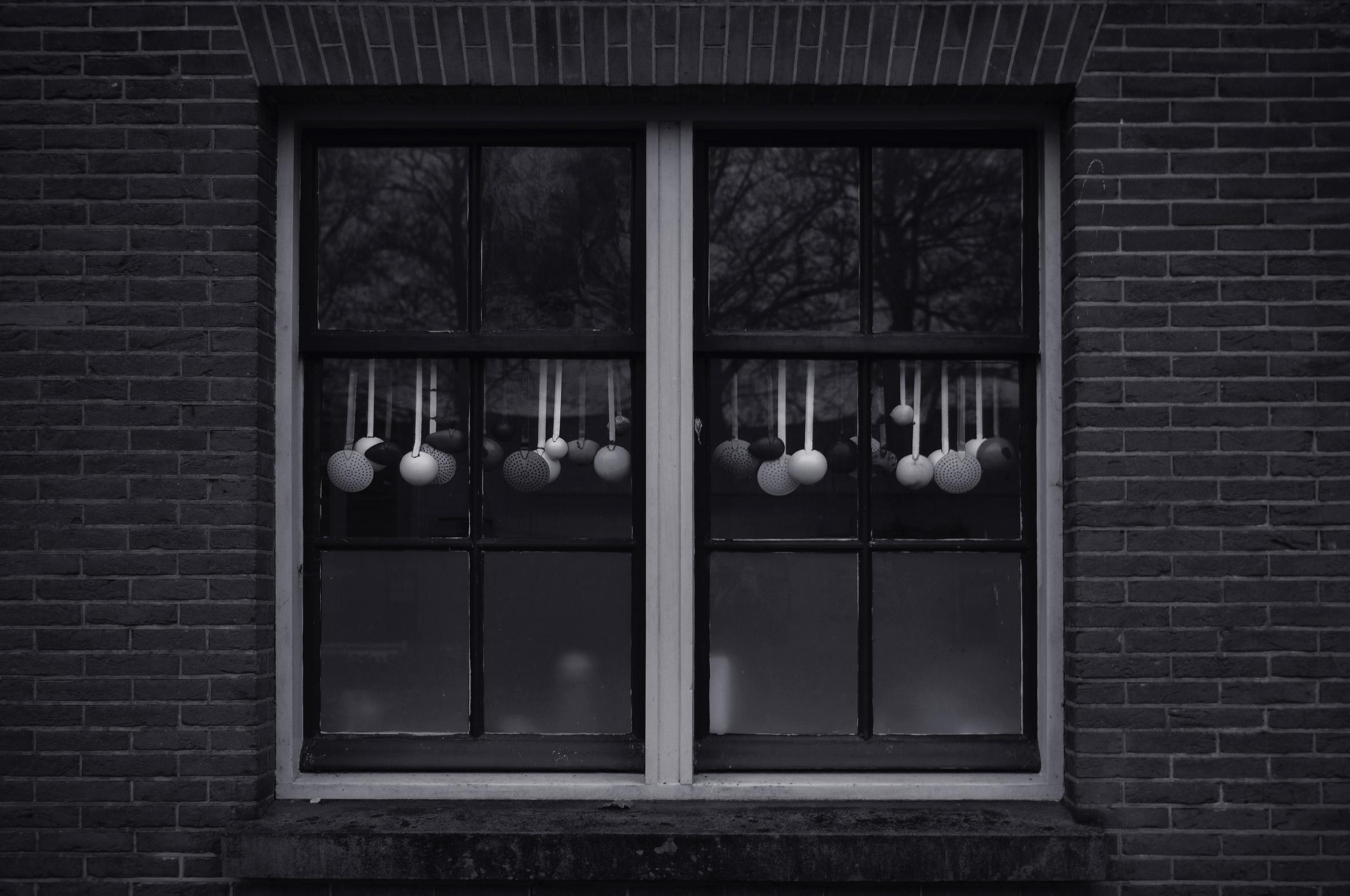 window spoons