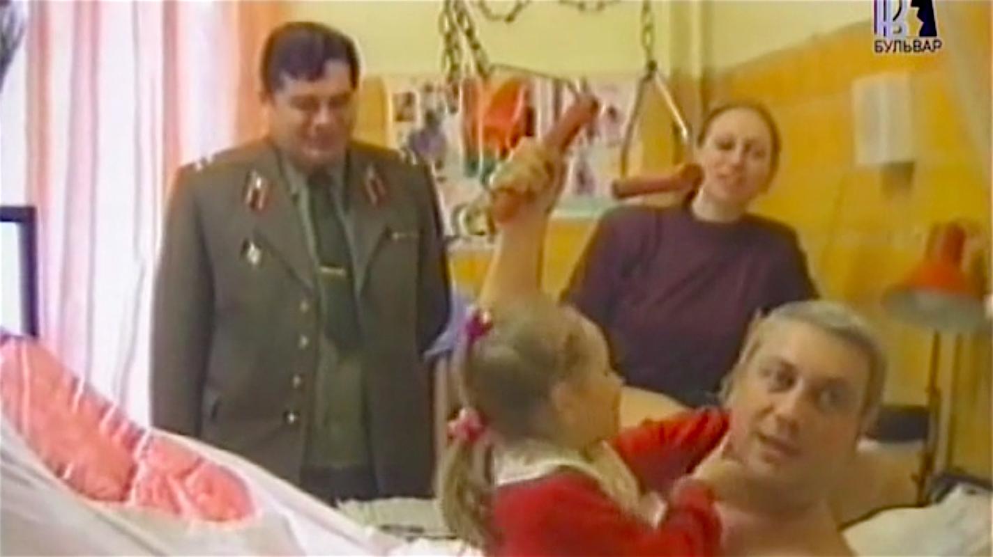 Владимир Винокур в военном госпитале