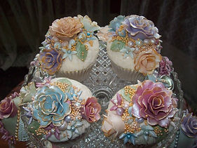 Hand Decorated Wedding Cupcakes