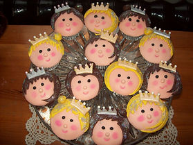kings and queens cupcakes