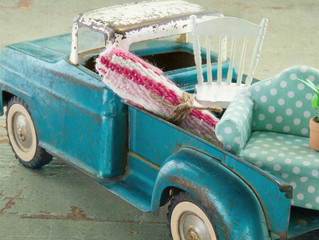 Fancy Finds offers spring cleaning event