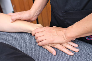 Massage dos crâne mains pieds Bordeaux Talence Gradignan Pessac Bègles Gradignan