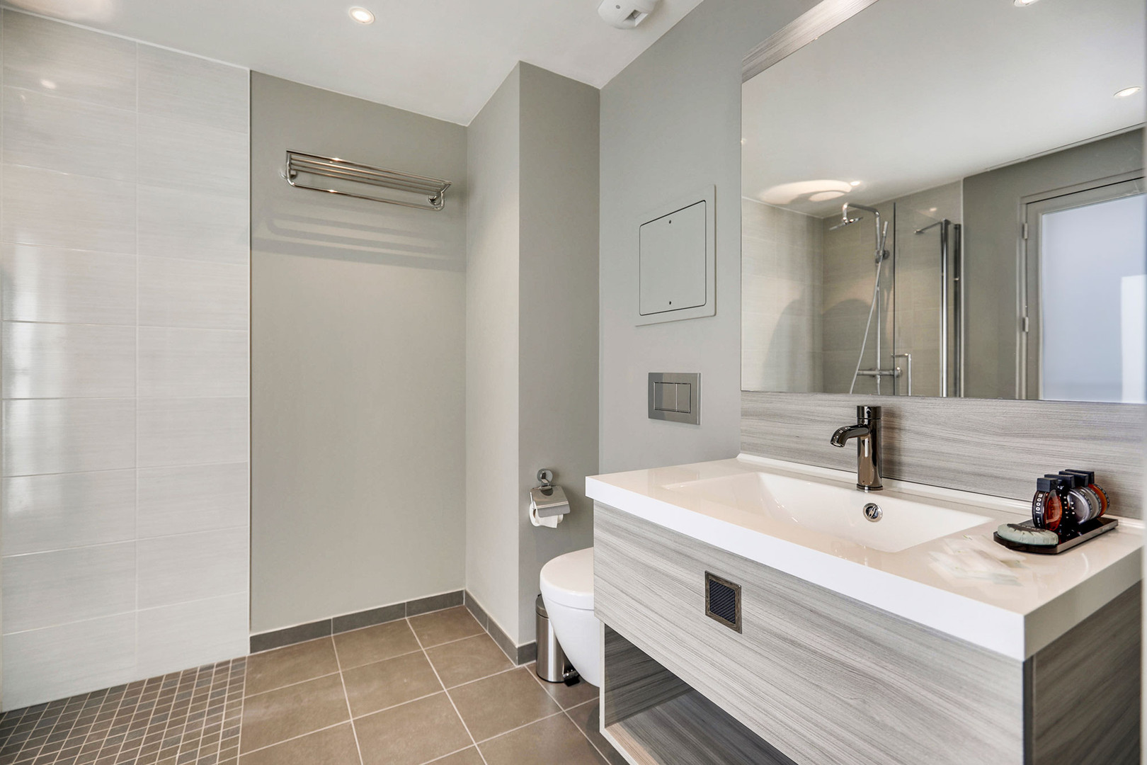 Interior-Bath-0C1A8922.jpg