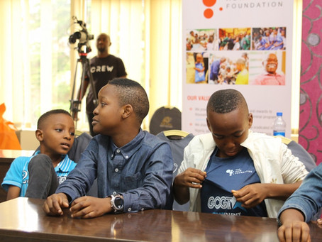 The HOW Foundation Mentors GCGT kids before the finle