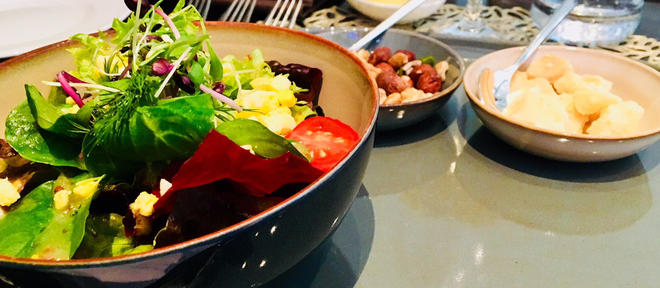 Schweizerhof - Lobby Lounge Bar - Business Lunch