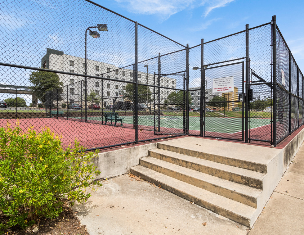 Basketball Court at MetCenter II