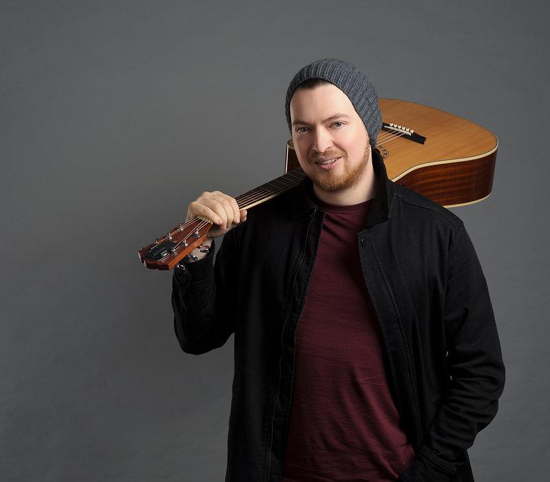 Tom Cortés, muzikant, textař.
