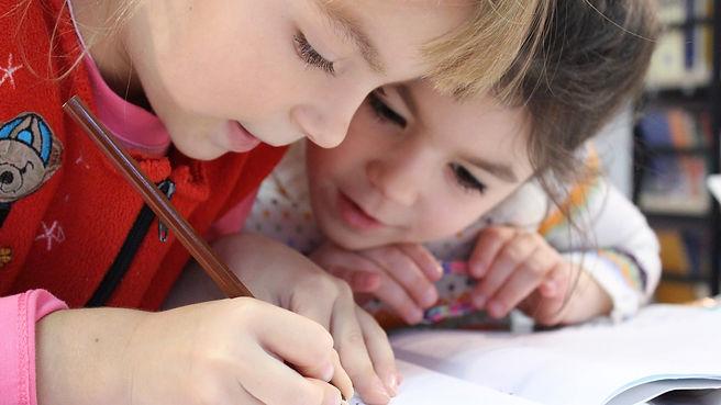 children-cute-drawing-159823_edited.jpg