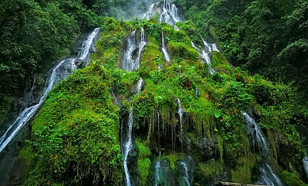 Termální vodopád - koupání, zájezd Kolumbie