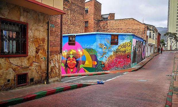 Historcké centurm Bogoty La Candelaria - grafiti tour
