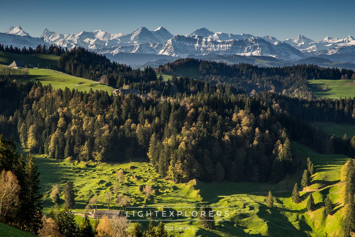 Emmental-Hügel-Alpen