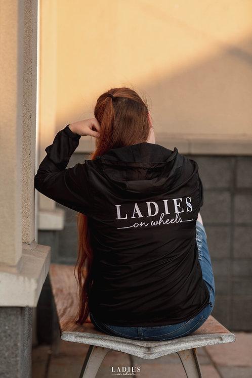 Coupe-vent Ladies On Wheels
