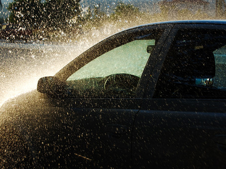 Yağmurlu Havada Araba Kullanırken Nelere Dikkat Etmelisiniz?