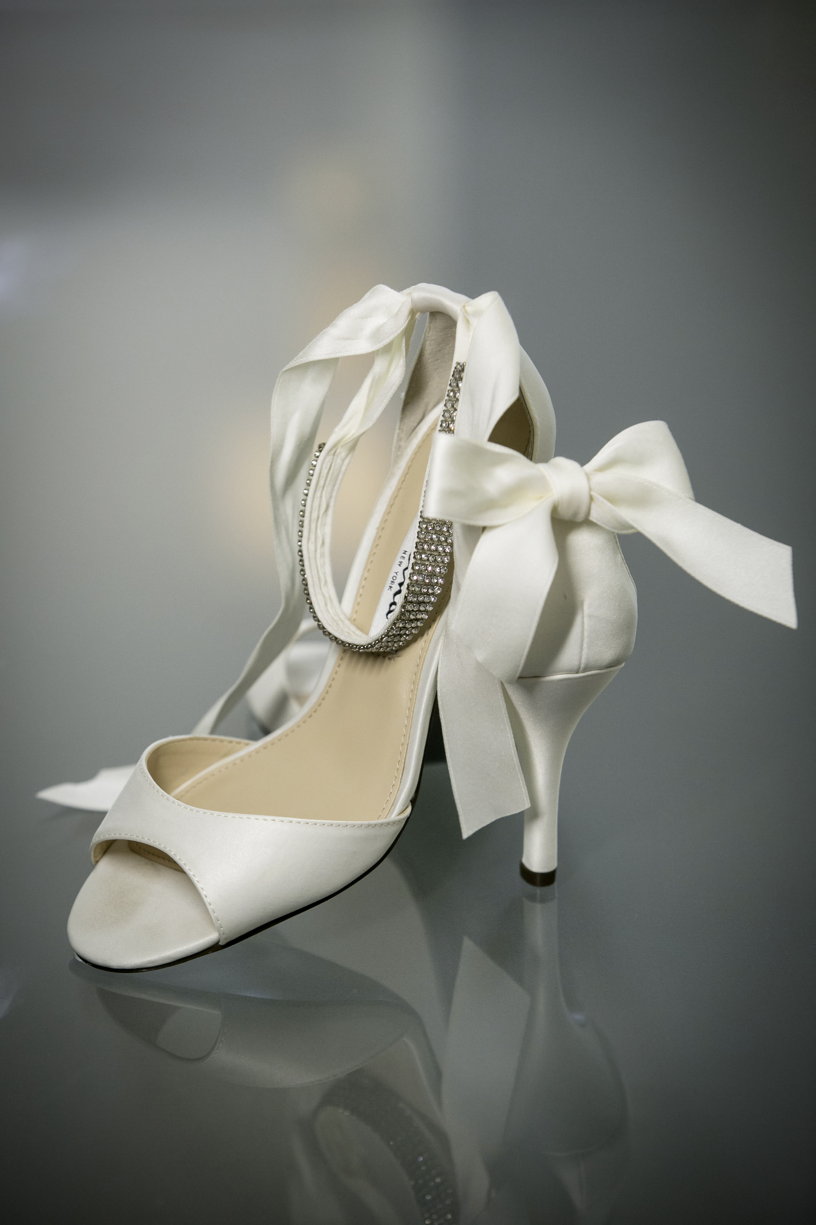 Brides Shoes with Bow
