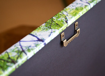 Back hanging hardware on Canvas Gallery Wrap