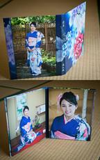 2 panels Seijinshiki Image Folio