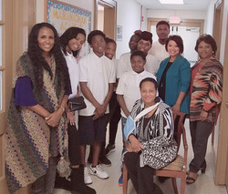 Maranathan Students with Birmingham Chapter of Links