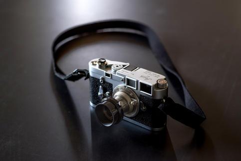 FLASHBACK Lens Hood