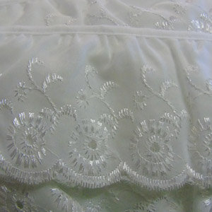 Gathered Broderie Anglaise in white or cream