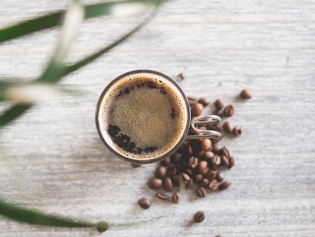 Nicht nur im Büro beliebt: Leistungssteigerung beim Sport durch Kaffee?
