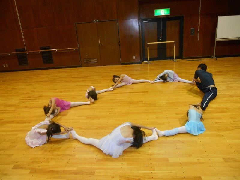 幼児,小学生,バレエ教室,ストレッチ