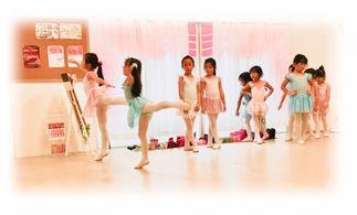 新座市,志木市,子供,バレエ,小学生,習い事,ストレッチ,ダンス