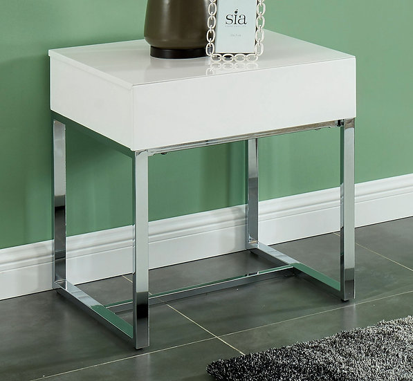 Juni End Table