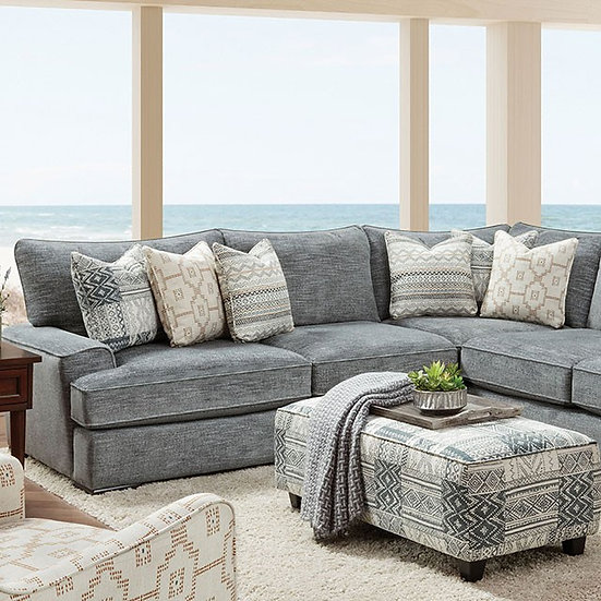 Furniture of America Eastleigh Sectional