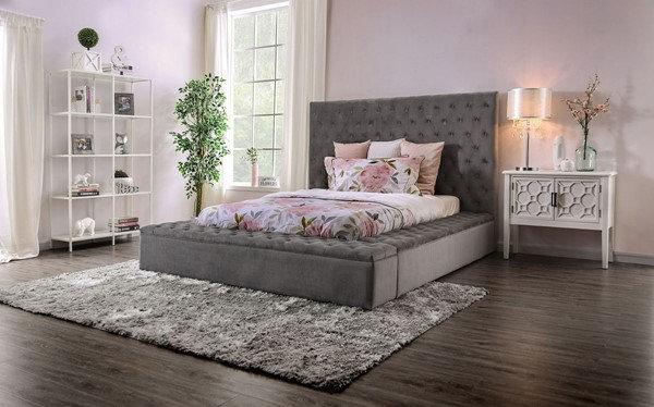 Furniture of America E. King Davida Bed