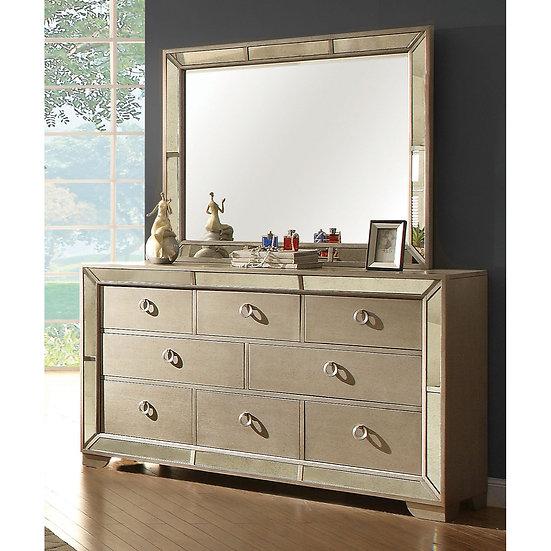 Loraine Dresser w/mirror