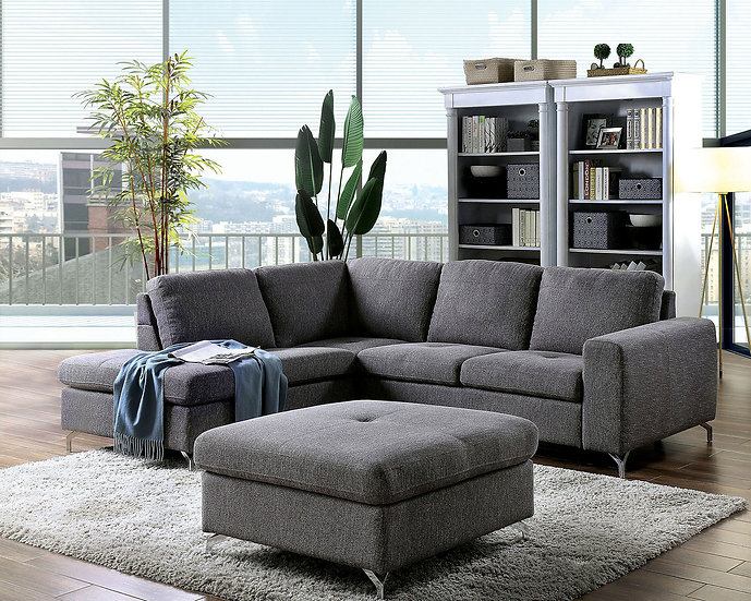 Lizzie Sectional & Ottoman