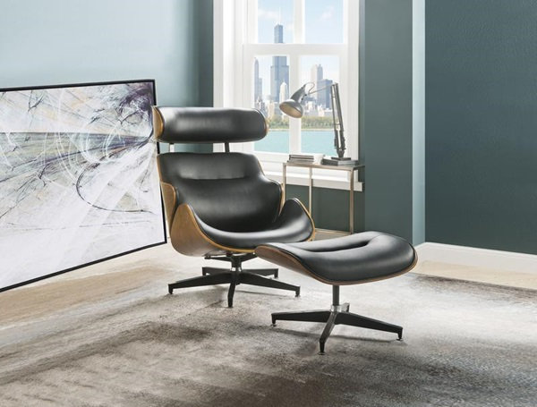 Herne Chair and Ottoman