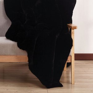 Black Caparica Throw Blanket