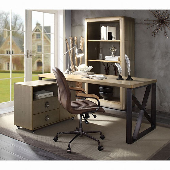 Jennavieve Desk