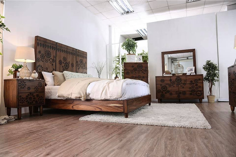 Amarantha Queen Bed