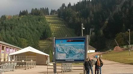 Vue sur les pistes de ski à la Mauselaine