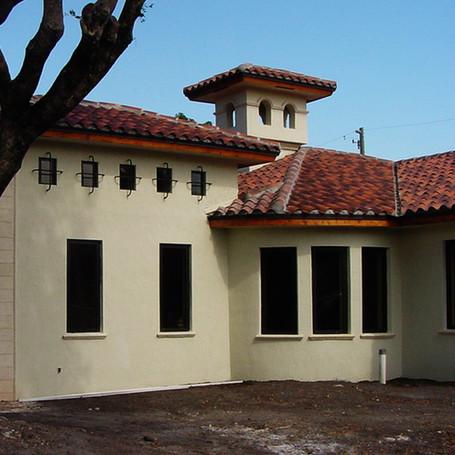 Granada house front