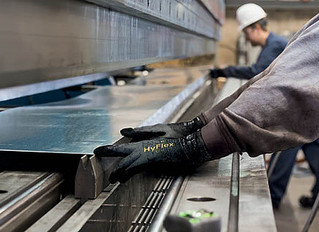 Features of Safety Gloves