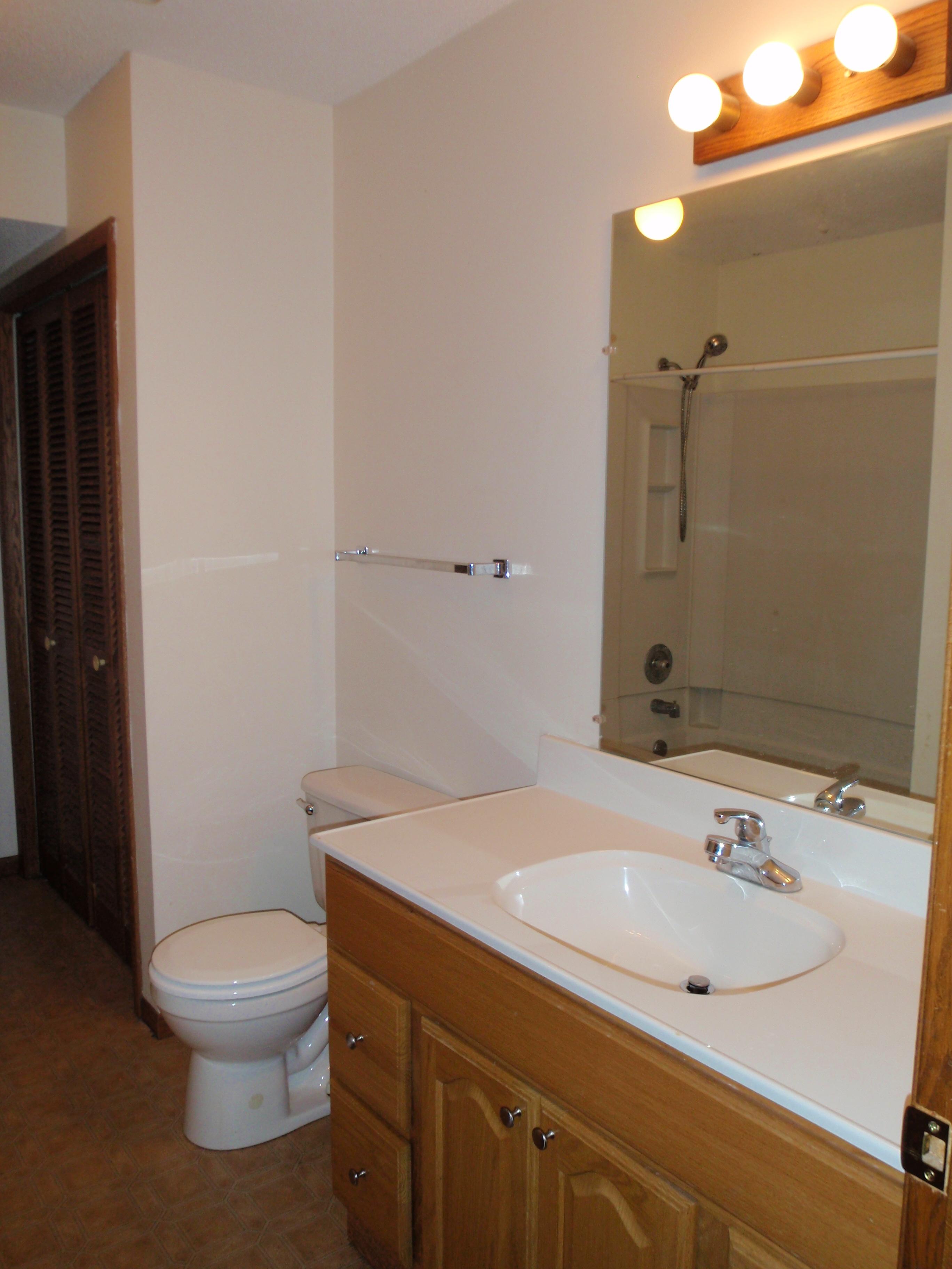 Bathroom of #1212