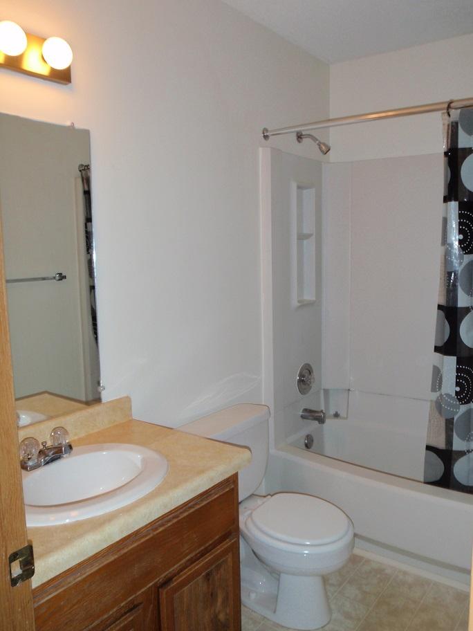 Bathroom of #3332