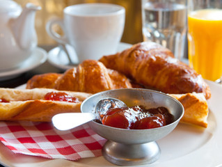 Room with Complimentary Breakfast for 2!